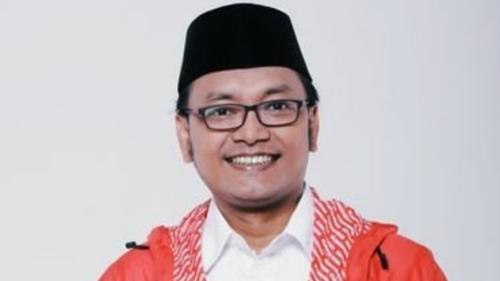 Bersyukur Anies Baswedan Kecebur Got, Guntur Romli: Agar Dia Sendiri Merasa Kerjanya Belum Benar