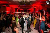 casamento com cerimônia na igreja nossa senhora da conceição na av independência em porto alegre e recepção no salão nobre da sociedade italiana do rs na rua joão telles com decoração clássica elegante em tons de roxo e lilás por fernanda dutra cerimonialista em porto alegre wedding planner em portugal