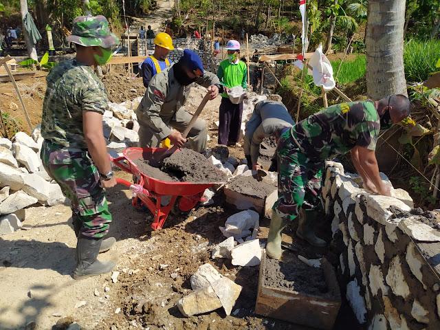 TMMD 109 Wahana  Pemersatu TNI-Polri Bersama Warga