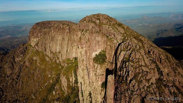 Pico das Almas. (Foto: Dmitri de Igatu)