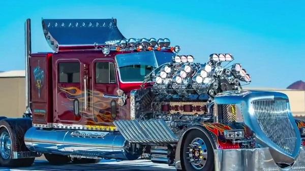 Camión Thor 24