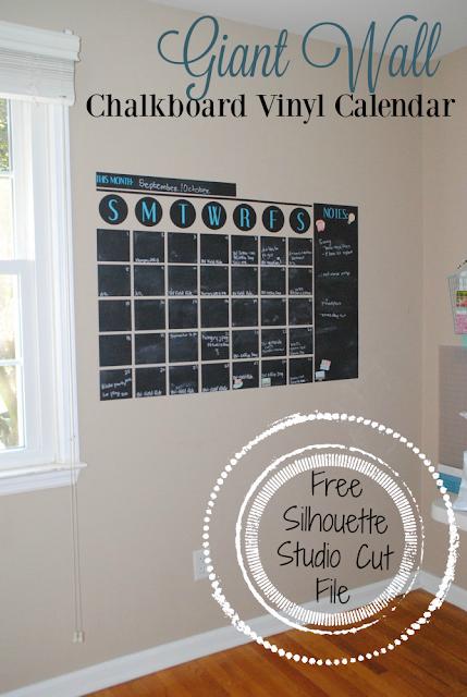 Silhouette Studio, free cut file, Silhouette Cameo, vinyl, wall calendar, chalkboard