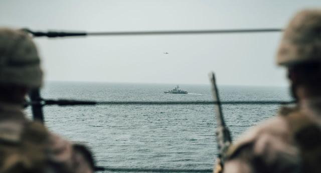 """مسؤولون أمريكان: مصادرة سفينة محملة بأجزاء من صواريخ إيرانية متجهة إلى """"أنصار الله"""" في اليمن"""