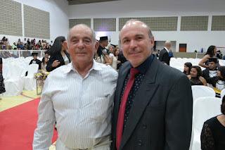 Dr. Medeiros recebe homenagem em Cerimônia de Colação de Grau da UFCG Cuité