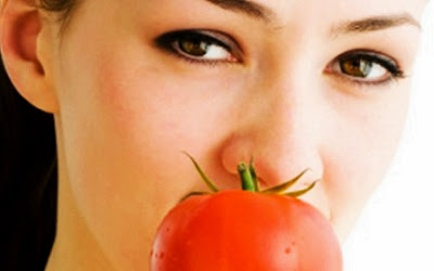 tomatoes benefits for skin beauty