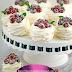Come preparare deliziose mini pavlova il classico dolce australiano in versione monoporzione.