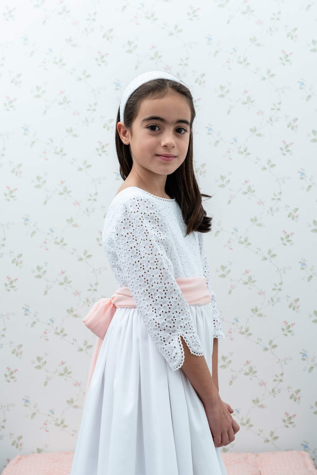 87cad1472 Lo que más felices nos hace es que cada niña salga con una sonrisa en la  cara al haber encontrado su vestido perfecto.