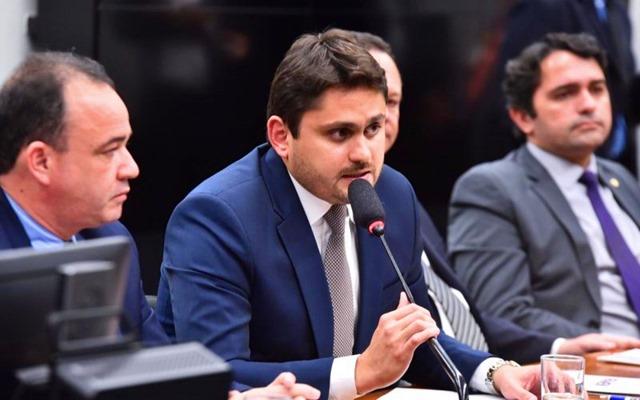 Deputado Juscelino Filho destaca sanção da Lei que regulamenta vaquejada