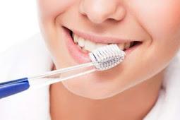 Manfaat Menggosok Gigi