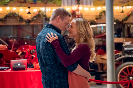 Christmas Homecoming Hallmark.Its A Wonderful Movie Your Guide To Family And Christmas