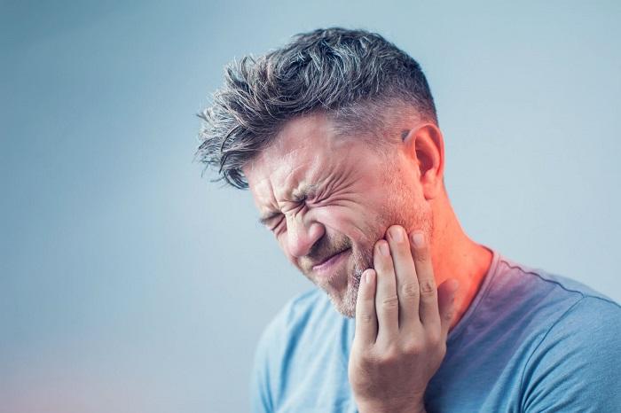 penyebab gigi berlubang dann cara mengatasinya