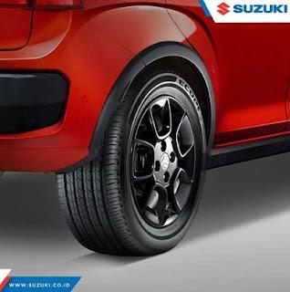 rear tire suzuki Ignis