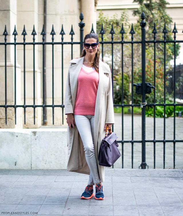 Stylish Iva Balaban, kaput i Nike tenisice - dobar primjer kako ih stilizirati