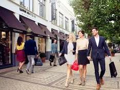Berbelanja Produk Dari Merek-merek Ternama di Batavia Stad Amsterdam Fashion Outlet