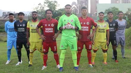 Semen Padang FC Perkenalkan Jersey