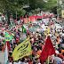 Manifestantes fazem ato contra reforma da Previdência em Natal