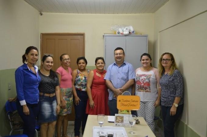 Prefeito Mauricinho antecipa o pagamento do mês de março para os professores com o reajuste do piso salarial