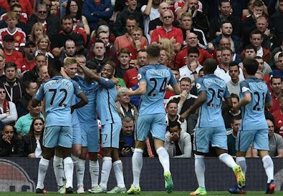 Man City Beat United 2-1