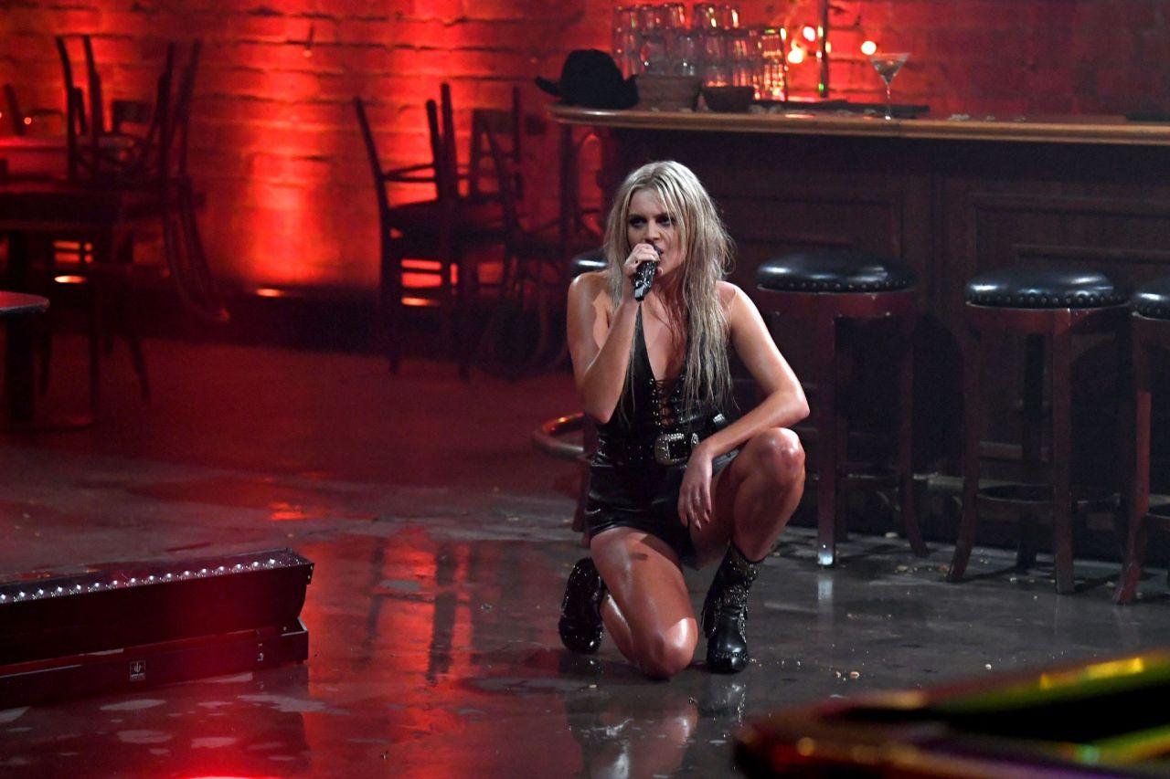 kelsea ballerini cmt music awards 2020 1