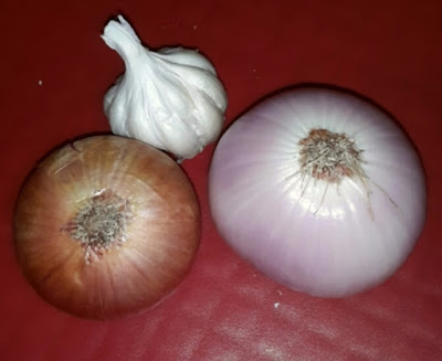 Picture of Onion and Garlic