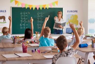 Θέλετε να διδάξετε σε κάποιο σχολείο; Τι να προσέξετε;