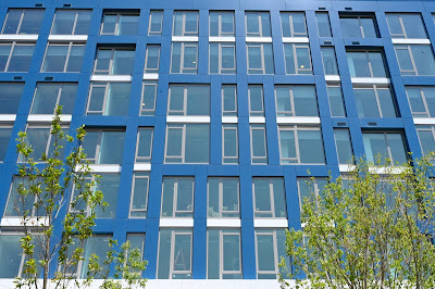 Washington DC's Buzzard Point apartment building has views of the Frederick Douglass Memorial Bridge and Anacostia River