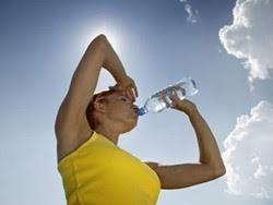 Phải làm gì khi có các đợt nắng nóng cao?