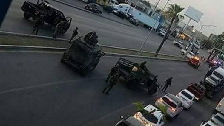 Video: Agentes de PGR fueron atacados a balazos por sicarios en Nuevo Laredo.
