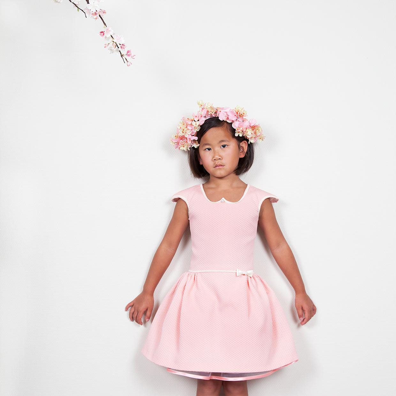7ab826940c25ae het mooiste communie jurkje ontwerp je zelf bij Atelier MAISON JUJUPE  exclusieve mini-couture op maat gemaakt