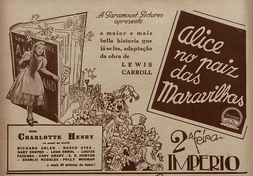 Anúncio antigo promovendo o filme Alice no País das Maravilhas em 1934