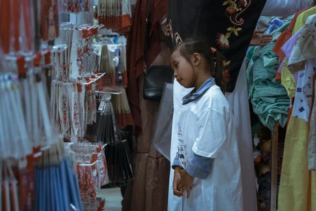 Saat Anak-anak Yatim saat Diajak Belanja Baju Lebaran di Mal, Lihat Ekspresinya, Bikin Nangis