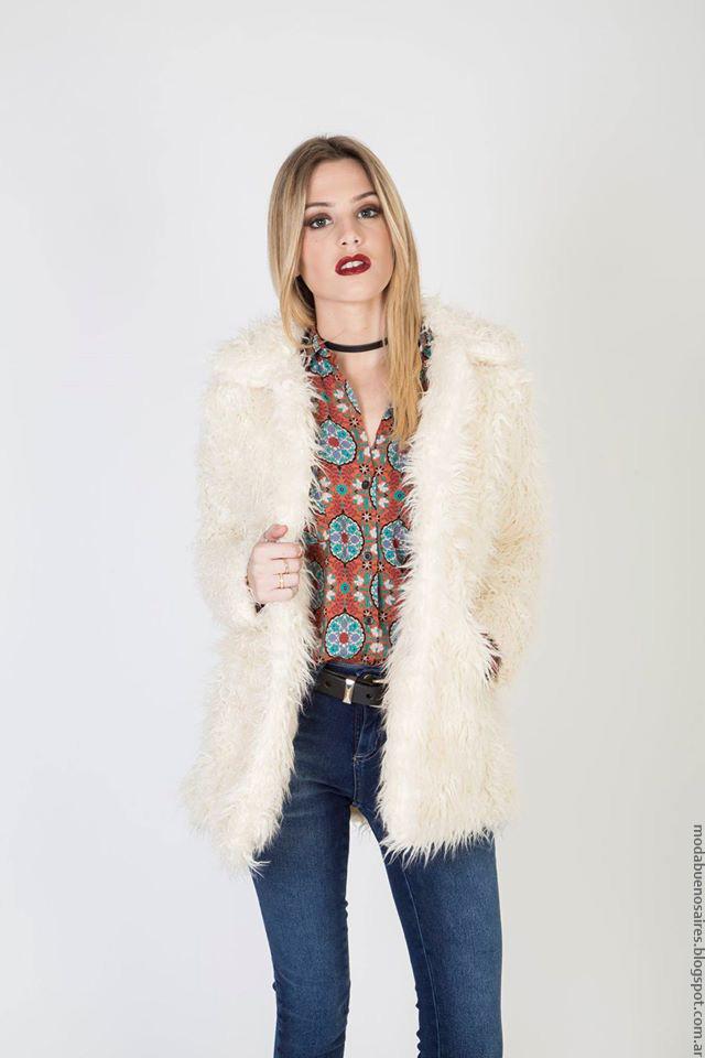 Tapado de piel sintética moda invierno 2016. Moda invierno 2016.