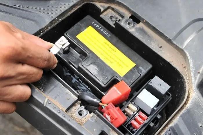 Aki Motor - Mengenal Daftar Sparepart Motor Cepat Laku atau Laris