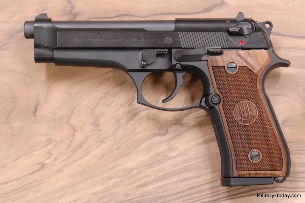 المسدس نصف الآلي | Semi-automatic pistol | BERETTA 92
