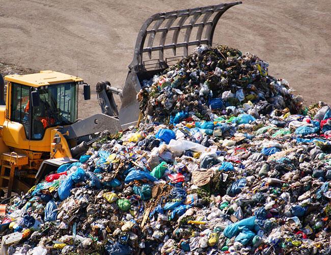 Türkiye gibi gelişmekte olan birkaç ülke maddi kazanç için çevre kirliliğie göz yumuyor.