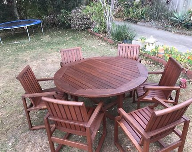 outdoor table and chairs gumtree