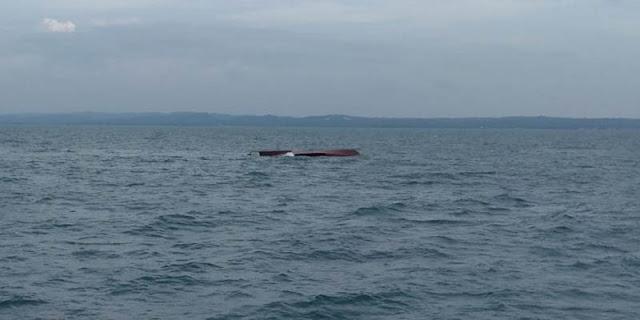 Kapal Terbalik Karena Tabrakan, Sebagian ABK Tak Ditemukan