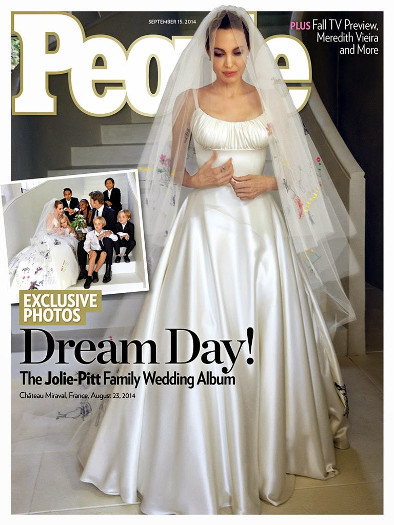 People-Magazine-Angelina-Jolie-Wedding-Dress