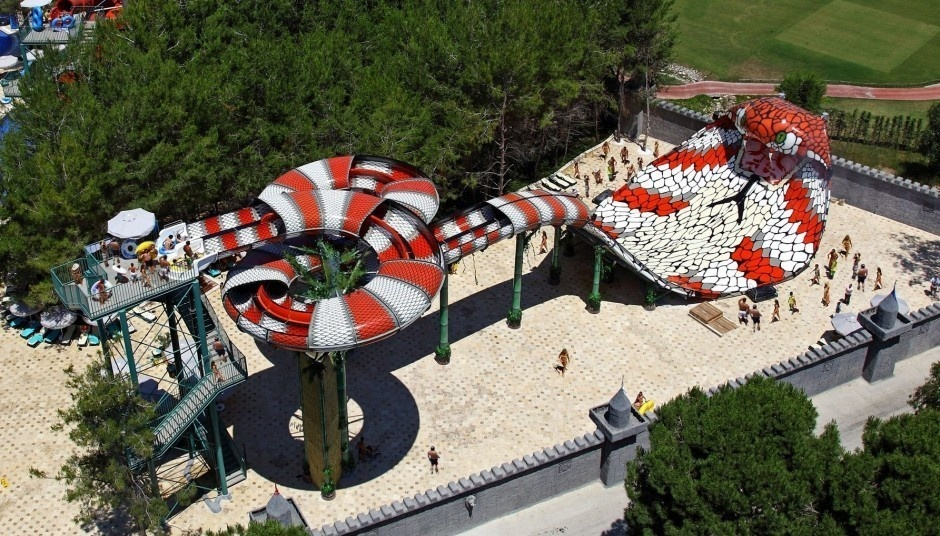 #21. King Cobra, New Jersey - The World's 25 Scariest Waterslides… I'm Surprised #6 Is Even Legal.