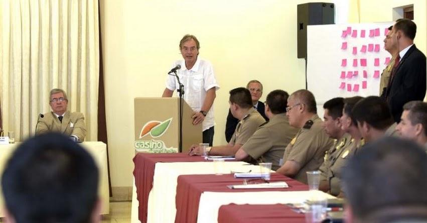 Modernización de la Policía parte por fortalecer su educación y salud, sostuvo el Ministro del Interior, Carlos Basombrío Iglesias