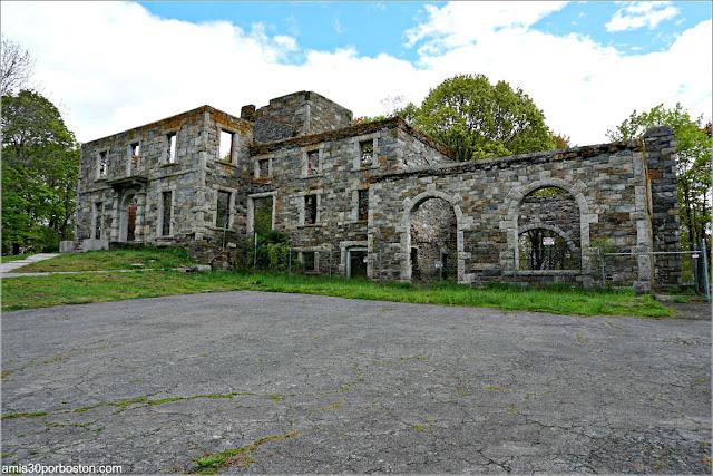 Goddard Mansion en el Fuerte Williams, Maine