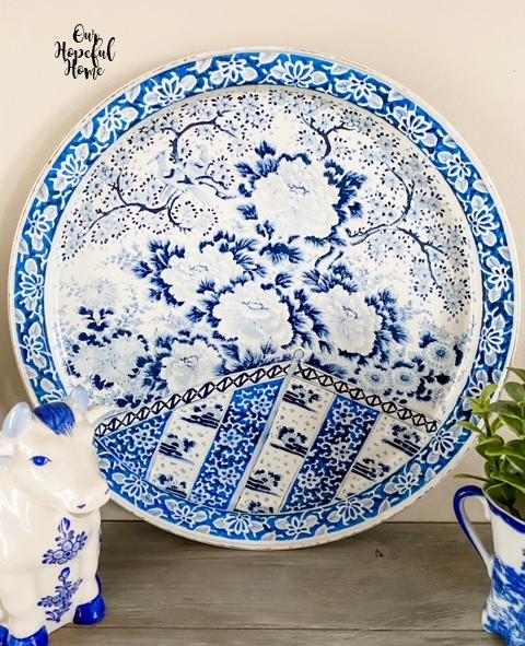 blue white round tin tray Ming Dynasty