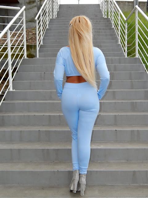blu9.jpg