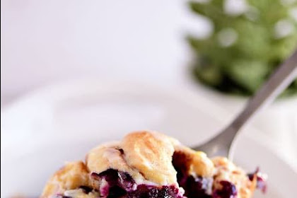 Blueberry Breakfast Casserole With Cinnamon Rolls