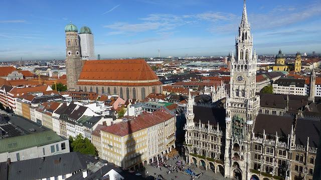 ミュンヘン フラウエン教会 新市庁舎 マリエン広場
