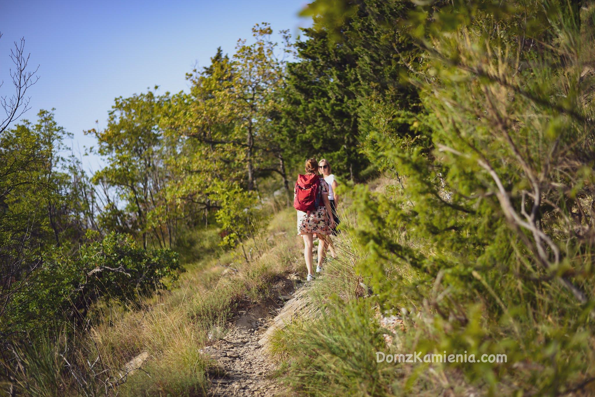 Trekking Toskania, Dom z Kamienia