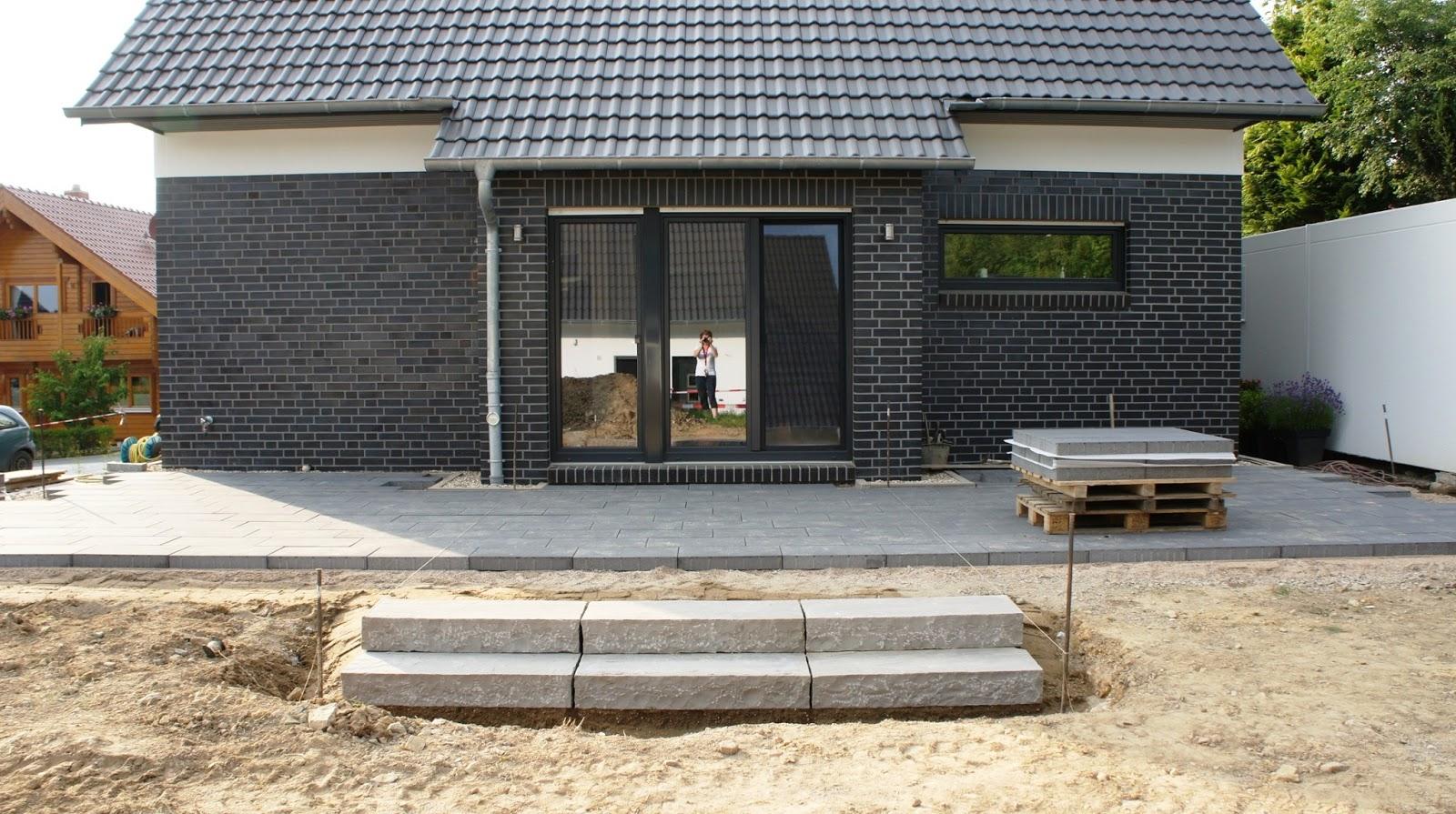 terrasse mit stufe terrasse mit stufen righini garten und landschaftsbau deryckere handwerk. Black Bedroom Furniture Sets. Home Design Ideas