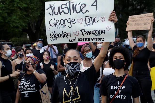 Kerusuhan Masih Terus Berlanjut, 13 Demonstran Tewas dan 10.000 Orang Ditangkap di AS