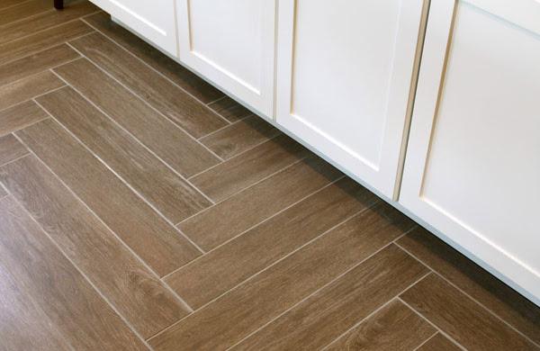 How to make your wood tiles look like a hardwood floor