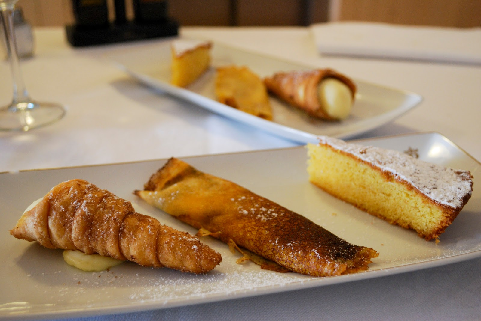 delicacies food gastronomy galicia spain restaurant parador hotel sweet dessert pastries filloas tarta santiago